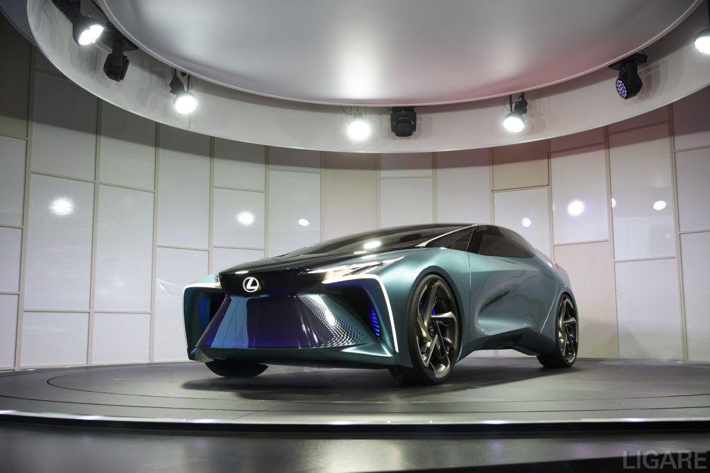 今回発表したEV コンセプトモデル「LF-30 Electrified」
