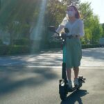 交通ルール認知は進むか。Luupがヘルメット任意での電動キックボードシェアリング実証開始