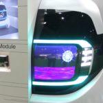 センサーモジュールはヘッドランプ・リアランプに内蔵できるサイズにまで小型化している