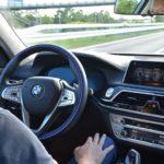 BMW、国内モデル初の「ハンズ・オフ機能付き渋滞運転支援機能」2019夏以降導入予定