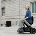 電動車いすWHILL Model C、欧州で発売-高齢化社会に向けたモビリティサービス