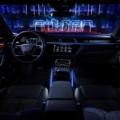 アウディ 初電動SUV「e-tron」発表 25年までに約3割をEV化