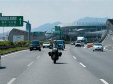 高速道路での実証試験の様子