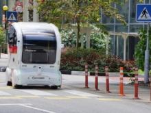 パイオニア製「3D-LiDARセンサー」が搭載された自動運転シャトルバス(Ngee Ann Polytechnic構内での自動運転実証実験)