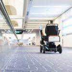 WHILLのパーソナルモビリティが羽田空港で採用 自動運転で利用者を送る