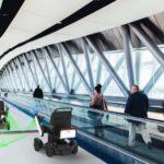 WHILLとJALら3社、羽田空港で次世代型電動車椅子の自動運転試験を実施 すべての人にシームレスな移動へ
